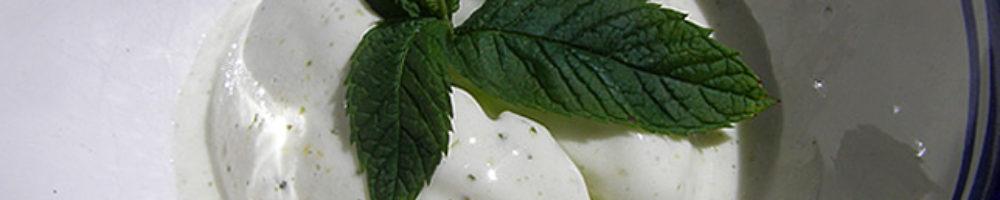 Helado de limón y hierbabuena (Thermomix y tradicional)