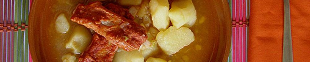 Patatas guisadas con costillas de cerdo adobadas (THM y tradicional)
