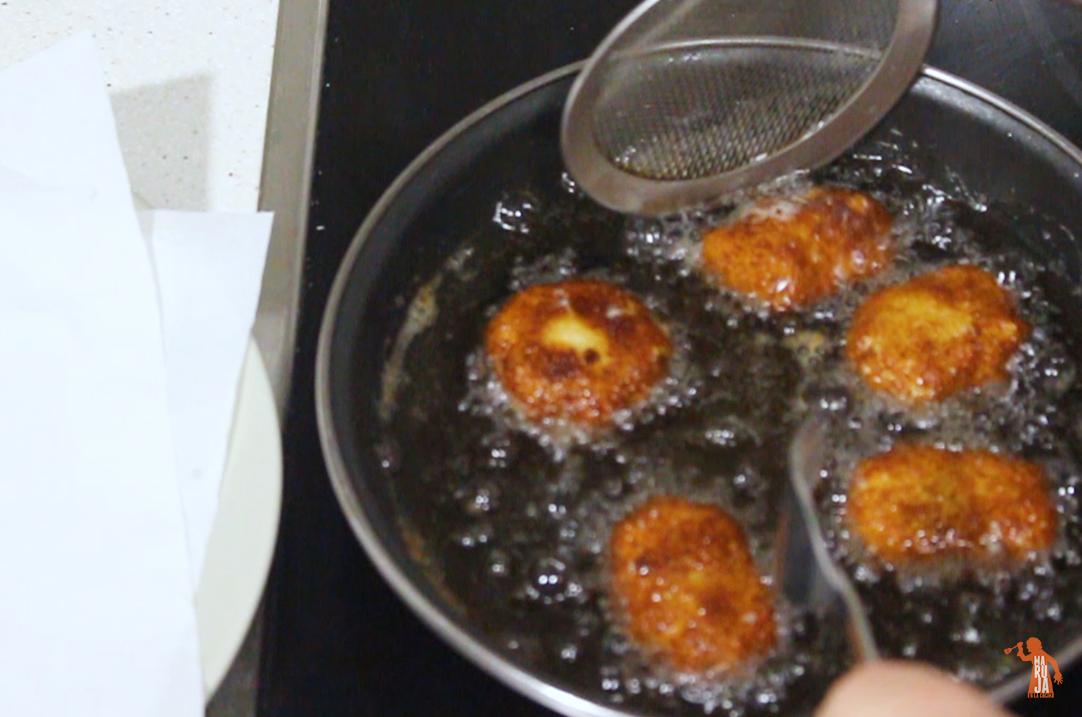 Paso a paso 4 nuggets de pollo: freír