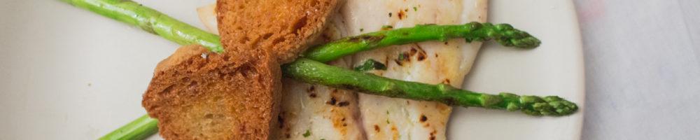 Filetes de perca con pasta de anchoa
