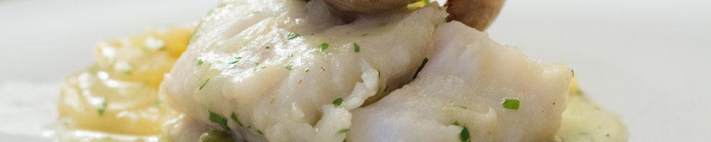 Merluza en salsa verde, a la koskera o a la Vasca